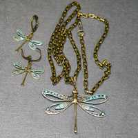 "Antique Brass Verde 18-22"" Dragonfly Pendent Earrings & Chain $38"